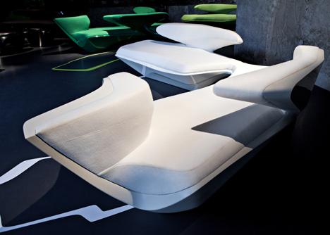 Milan 2013 Sofa Zephyr - Zaha Hadid