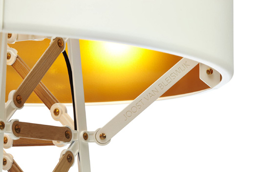 Lámpara Construction diseñada por Joost van Bleiswijk