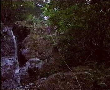 缓降于狮子头,2002