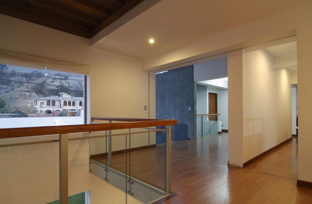 Casa en L - Procesos Urbanos