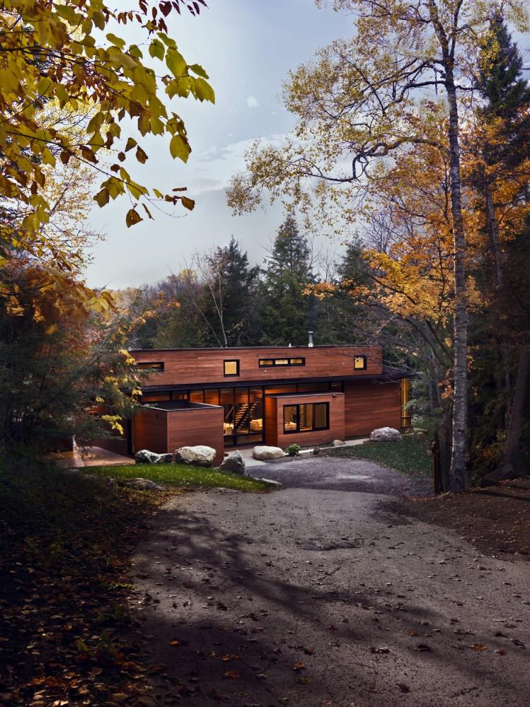 Casa Hurteau / Miller - Kariok Associates