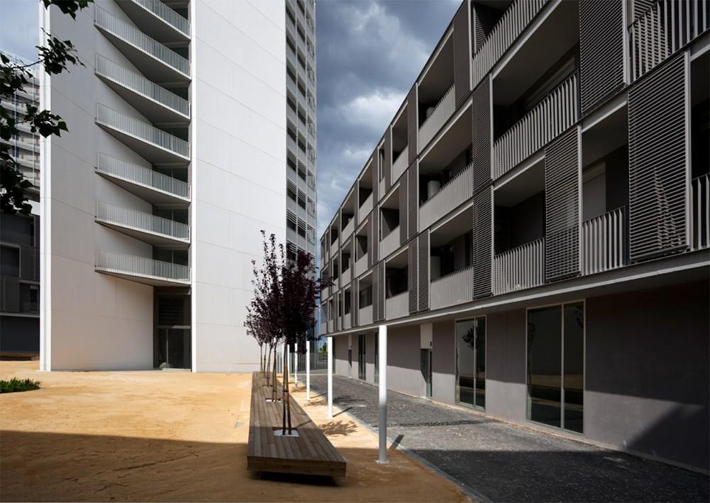 Edificio de Vivienda Parc Central - OAB + Peñín Arquitectos