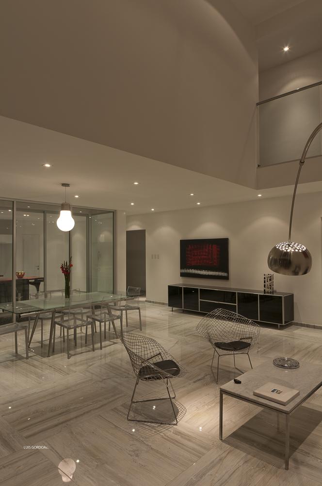 Casa RoHa - m + n arquitectos